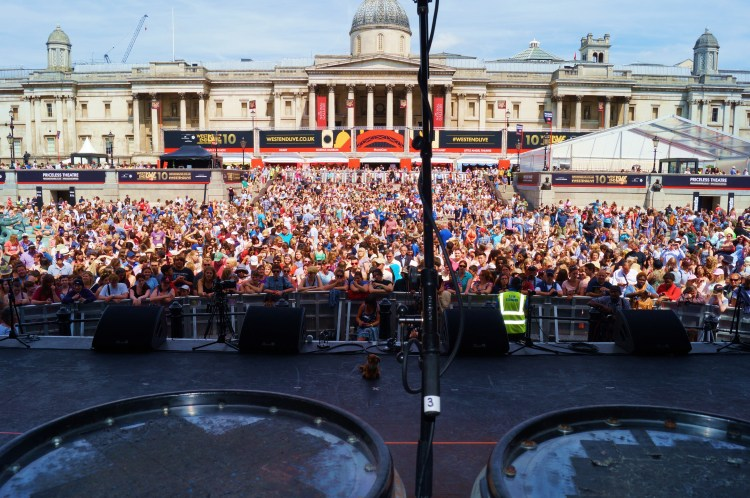 Trafalgar Square u look awesome